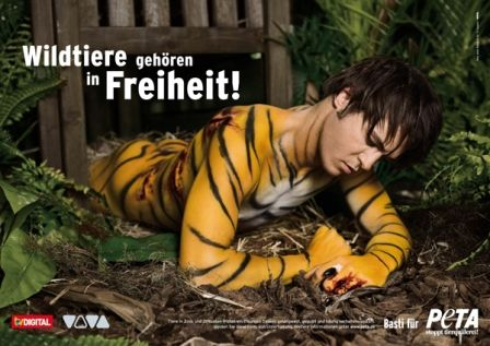 A German ad for Peta - I like the use of an interesting photo.  The headline is clear with good contrast and readability.