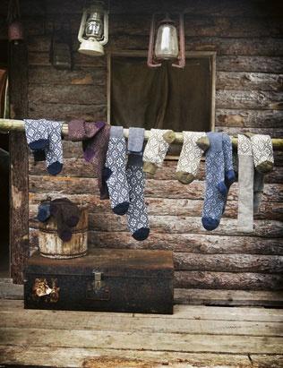 fair isle socks: Rustic House, Rustic Romances, Wool Socks, Cabin Life, Socks Hop, Front Porches, Fair Isles, Logs Cabin, Knits Socks