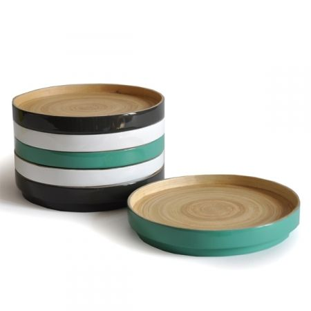RONDO PLATE. Bamboo Stackable Plate. Ekobo. 10€.  Available in an array of gourmet colours, these contemporary small round plates were made for hors doeuvres and after-dinner delights in mind. Mix and match colours to tie together the tables palette. Stackable for easy storage.