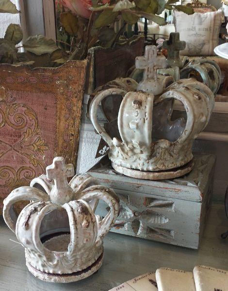 Ceramic Crown Candle Holder