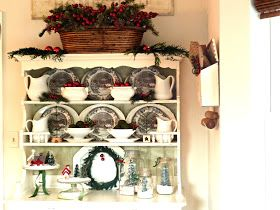 Kate's Place: Christmas Hutch