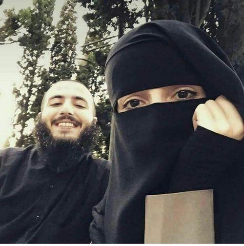 Happy Muslim Couple http://greatislamicquotes.com/muhammad-ali-quotes/