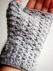 Luva sem dedos feita em crochê