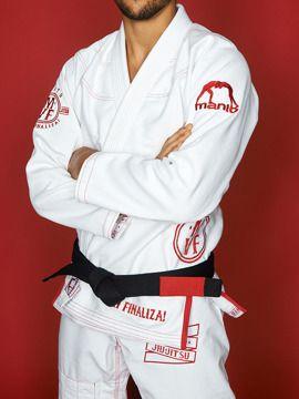 BJJ GEAR | BJJ GI / KIMONOS | Top Quality Rashguards, MMA Shorts, Jiu Jitsu GIs and much more ! MANTO Europe