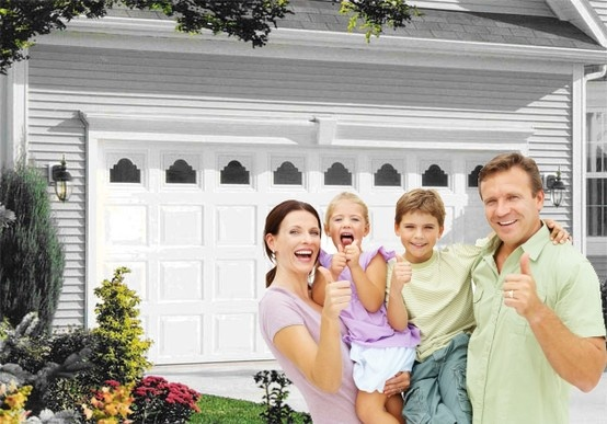 If you have a problem with your garage door, need a new garage door, maybe a door opener service or remote, we can assist you quickly and professionally.