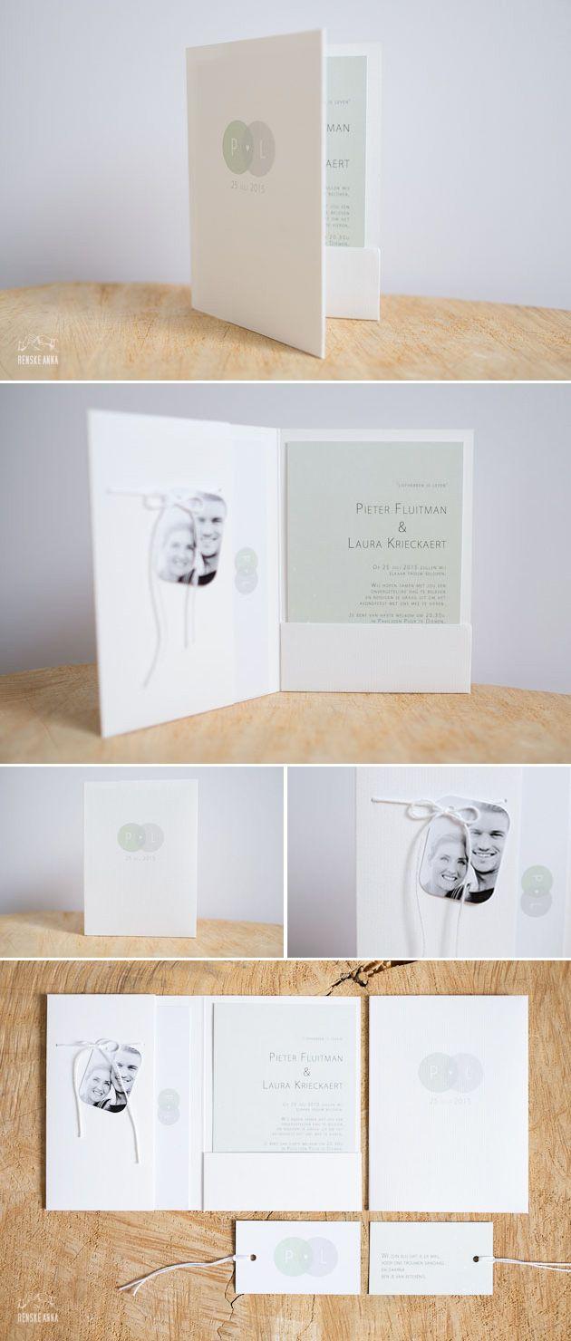 Subtiel en zomers: de trouwkaart van Pieter en Laura