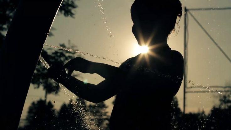 Trois-Rivières Rafraîchissant Cubik Création Média présente une production vidéo des plus rafraîchissante ! Une brise de fraîcheur, juste ce qu'il faut pour les jours d'été…