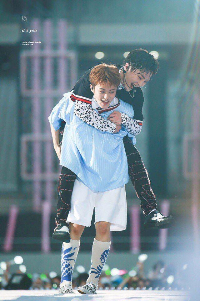 NCT Mark EXO Xiumin [SMTOWN]