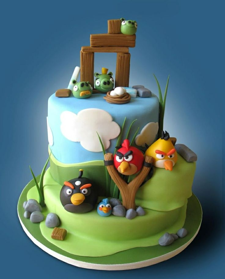 Catherine's Cakery Ottawa: Angry Birds birthday cake