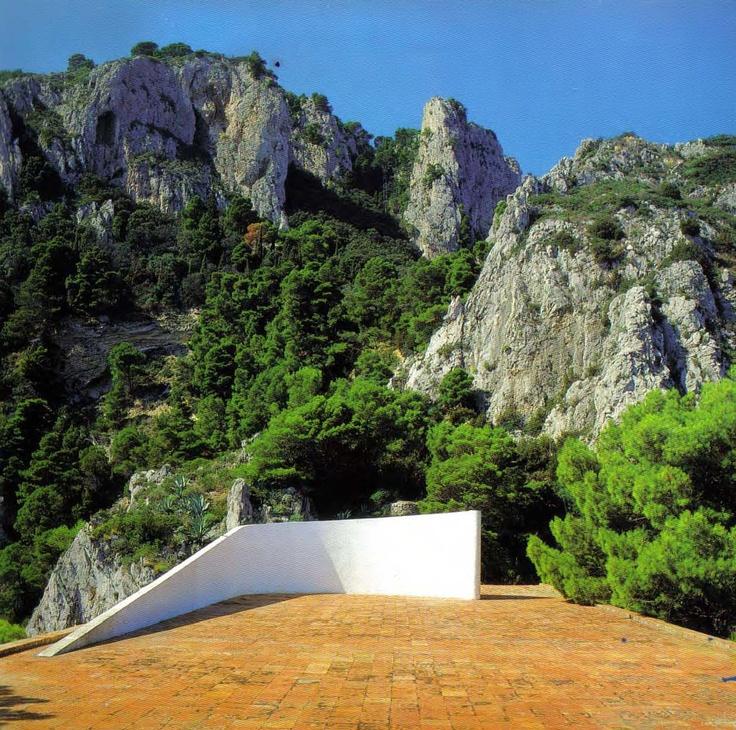 85 best images about malaparte house on pinterest capri for Villa curzio malaparte