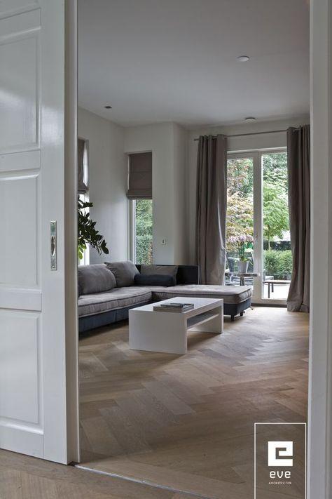Visgraat parket met een enkele band - maat 14 x 58 cm - de schuifdeur maakt het extra klassiek - www.fairwood.nl