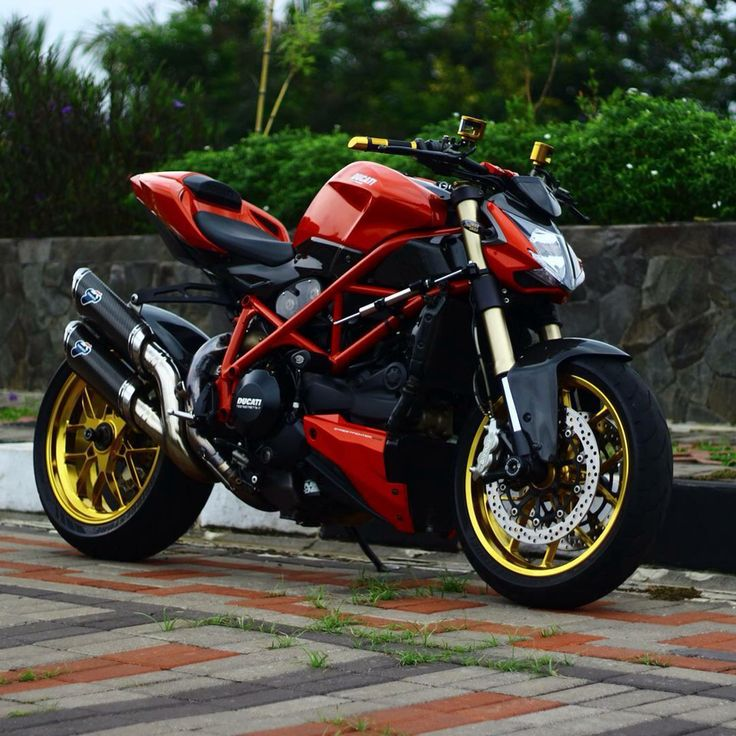 56 best motorcycle colour schemes images on pinterest crotch rockets road bike and sport bikes. Black Bedroom Furniture Sets. Home Design Ideas