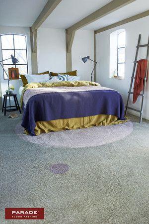 Bonaparte tapijt met cirkel erin onder het bed