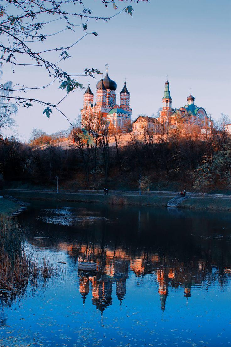 Kiev in autumn, Ukraine  ( by Nataliya Kalinina on 500px )