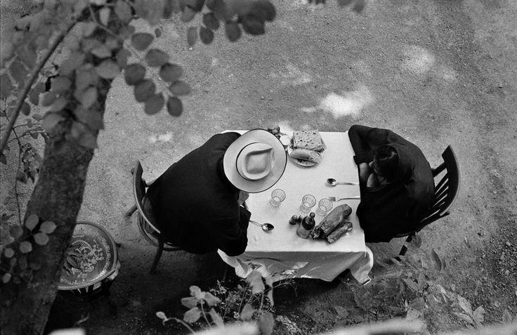René BURRI :: Garden restaurant near Teheran, Iran