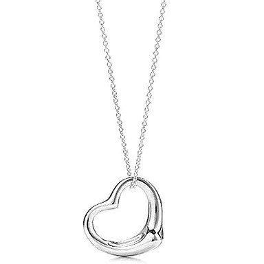 Leuke ketting met hartvorm hangertje zilver kleur