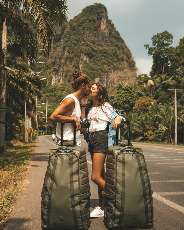 Travel makes us be more grateful for what we have. Give more value to being close to who we love. Don't value so much material goods. It shows us that everything is possible when we fight for it. And that our home hasn't address, it's where we are happy. -   #onewayticketrip #gratitude #love #travel #dreams #kiss #thailand #krabi #douchebags #goals #couplegoals #coupletravel #traveltheworld #relationshipgoals #dreamlife #cute #paradise #summer #tailandia #lovetravel #vacation
