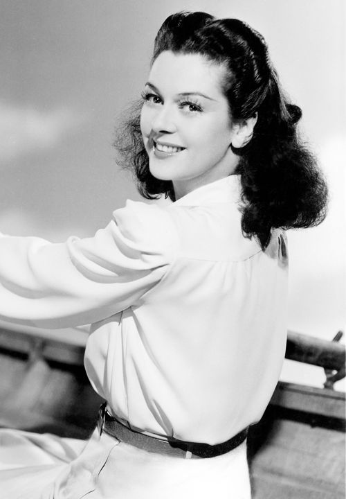 Rosalind Russell (actress) - Died November 28, 1976. Born June 4, 1907. Known for her role as a fast-talking newspaper reporter in the Howard Hawks screwball comedy His Girl Friday, as well as the role of Mame Dennis in the film Auntie Mame. She won five Golden Globes and a Tony Award during her long career..