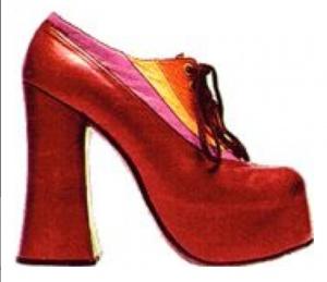 Plateauzolen rode schoen
