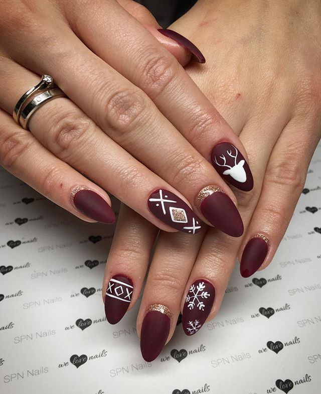 Aneta gotowa na święta, a Wy? jutro ostatni dzień pracy i SPN UV LaQ 590 Chocolate Cherries #spn #nails #spnnails #welovenails #paznokcie #uvlaq #mani #manicure #instanails #nailsart #nailstagram #naildesigns #nailmaster #nailsaddict #nailsoftheday