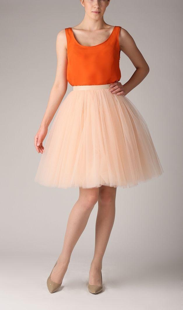 Seidenbluse in Orange, Sommer Outfit, Oberteil, luftiges Top / colorful orange silk blouse, summer outfit made by Fanfaronada via DaWanda.com