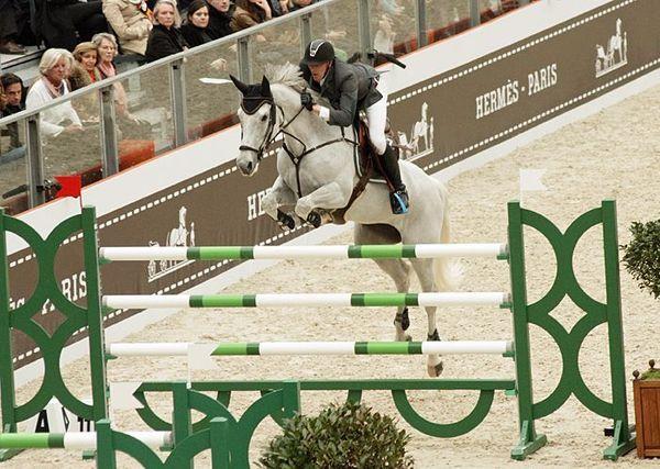 Les chevaux de sports - Silvana HDC - Silvana et Kevin Staut lors du Saut Hermès à Paris