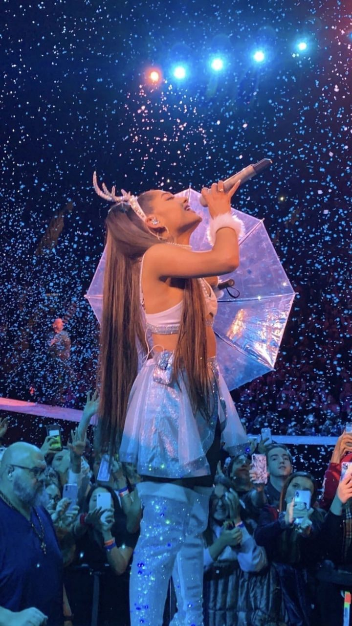 30 Stylish Outfit Ideas Arianagrande In 2020 Ariana Grande