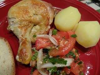 This is a perfect chilean food of chicken. With chilean salad and cooked patatoes. This is so tasty!