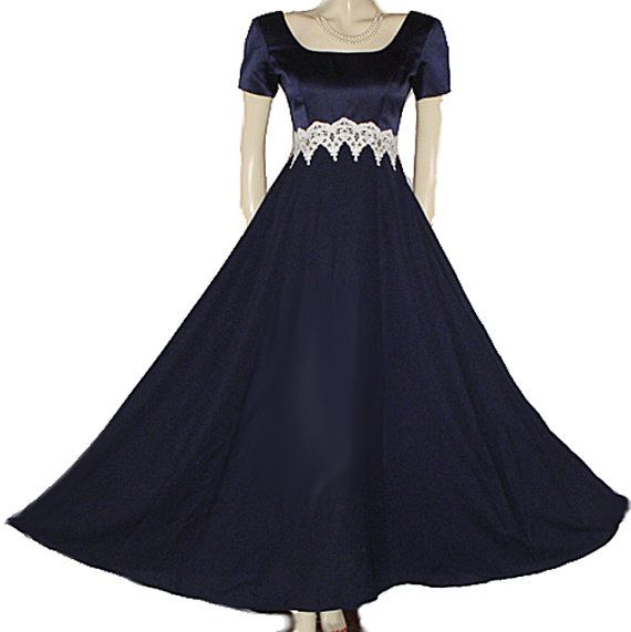 Appliques wedding gown bridal christmas new years eve vintage dress