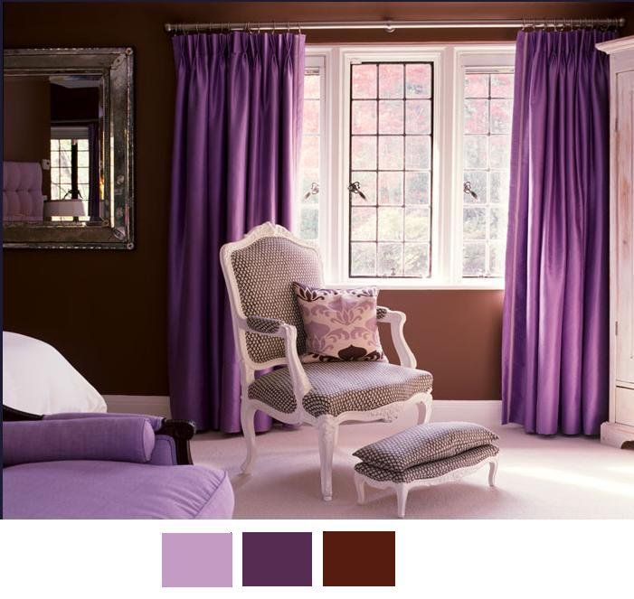 Decoraci n en que el color chocolate y morado son los for Colores de cortinas para dormitorio