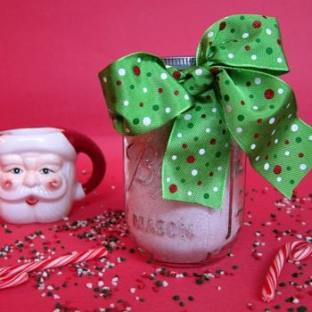 Homemade Peppermint Hot Chocolate Mix - Add this recipe to your meal plan. get.ziplist.com/clipper