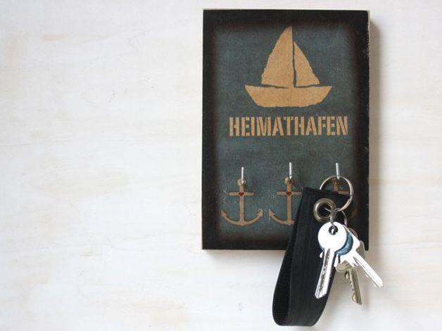 "Schlüsselbrett ""Heimathafen"" mit Schiff / maritime key board with ship by TikiOno via DaWanda.com"