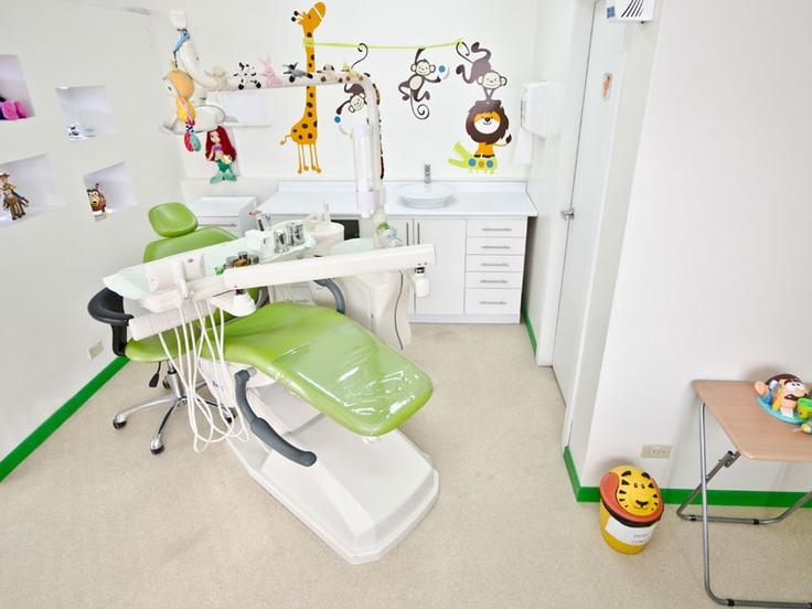 Instalaciones medicentro odontopediatria odontopediatria - Decoracion clinica dental ...