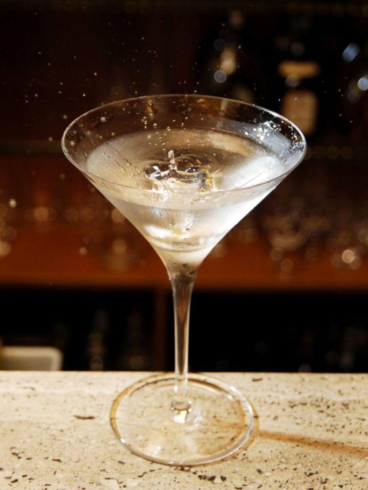 Dry martini: clássico da coquetelaria