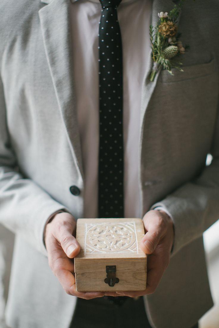 Шкатулка для обручальных колец. Бутоньерка жениха. Свадьба в стиле эко.
