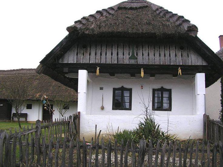 Parasztházak - Nádfedeles tájház - Zalalövő - Őrség - Dunántúl - Hungary