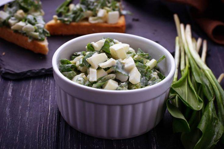 Bärlauch-Salat: Einfaches Rezept mit Käse