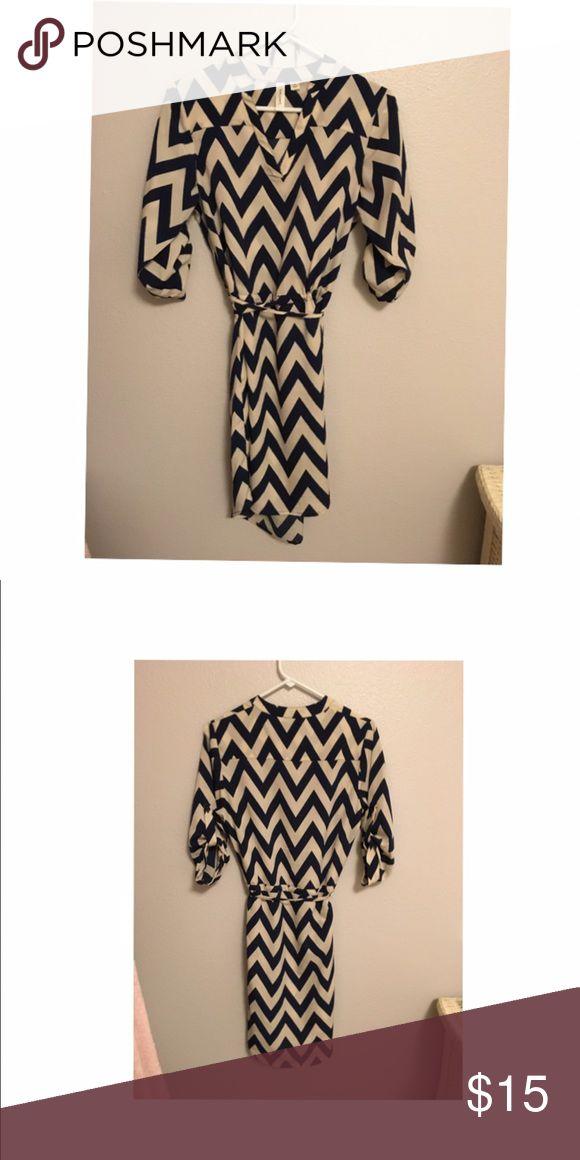 Chevron dress Cute cream and navy chevron dress. Dresses Midi
