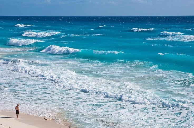 We wish you an excellent #BeachThursday from paradise! LIKE if you want to be here.... Grand Oasis Cancun