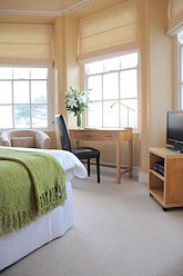 Luxury Hotels Cornwall, Hotels Looe, Luxury Accommodation: BARCLAY HOUSE, hotel style rooms, top restaurant, swimming pool, gym and sauna in...
