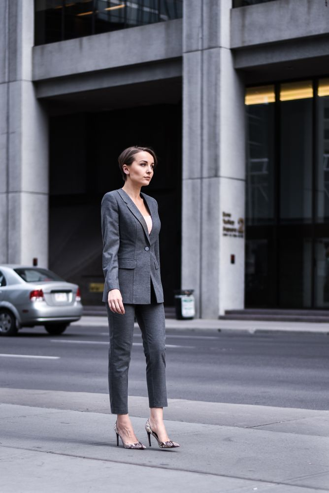 You can never go wrong with a simple but empowering and #sexy #pantsuit like the one with #asymmetric #lapels from #maisonraquette F/W '16 collection #classicsuit #greysuit #wool #grey