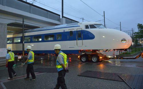 0系新幹線 京都に搬入 鉄道博物館で来春展示 新幹線 車両 来春