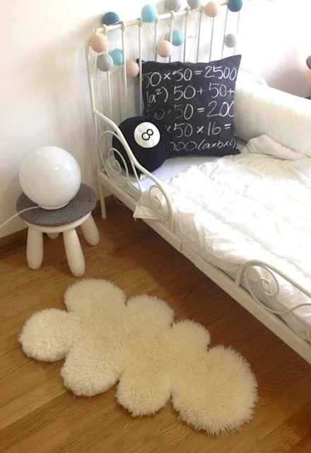 Lavori: Stanza dei bambini in stile in stile Moderno di mommo design