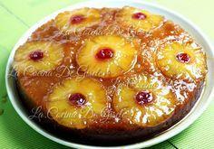 Hoy me decidí a preparar la Torta de Piña casera tenia rato dándole vueltas en la cabeza :) y justamente también se llama torta de piña volteada, porque se prepara al revés para que al darle la vuelta quede con las piñas y las cerezas en el tope. Es una torta densa, no es abizcochada queda húmeda y es muy sabrosa. http://youtu.be/vADE1WM-k3A Puede prepararse también sin el caramelo, pero deberán enmantequillar todo el molde para que no se les vaya a pegar al desmoldar :) Así que les dejo el…