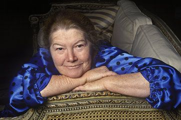 <3 RIP Colleen McCullough <3 Author of 'The Thorn Birds,' Dies at 77 - 30-Jan-2015. [Photograph (c) 1997.]