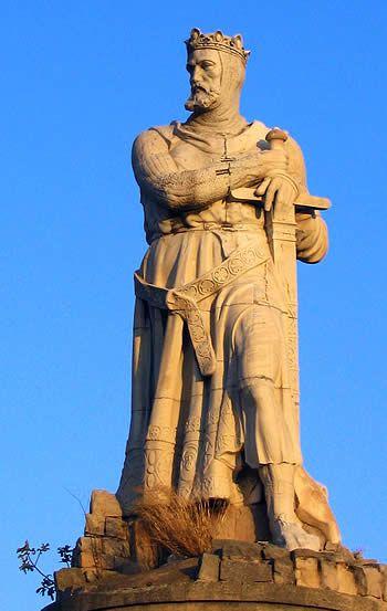 Estatua de Alfonso I de Aragón, el Batallador (1074–1134; r. 1104-1134) de Zaragoza, España