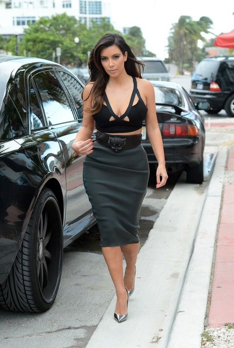Kim karsashian looks amazing here in this outfit it's something nice an diff ...