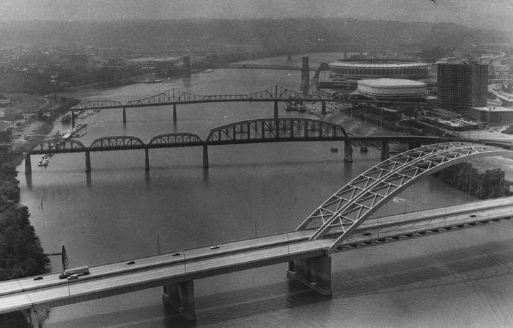 August 7, 1982: Cincinnati bridges including the Daniel Carter Beard Bridge, foreground