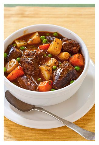 Slow Cooker Beef Stew with Ciabatta http://www.chefscatalog.com/blog/wintertime-slow-cooker-beef-stew-with-ciabatta