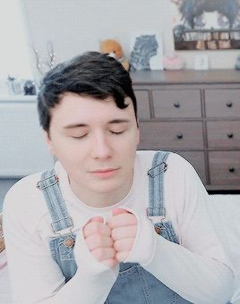 Can you believe Dan invented being smol? What a wonderful time to be alive
